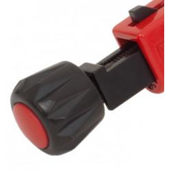 Coupe-tube télescopique 67 à rouleau