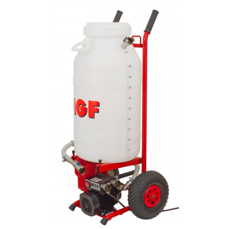 Pompe pour remplissage, rinçage et la purge d'air des tuyaux de chauffage