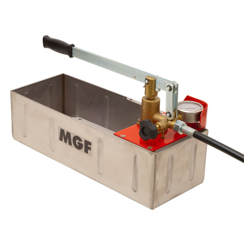 Pressure testing pump made in Italy by MGF Tools
