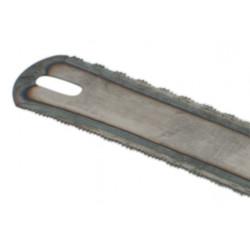 La scie à métaux lame à la main économique, pour toutes les utilisations, du bricolage dans le bricolage, l'usage professionnel.